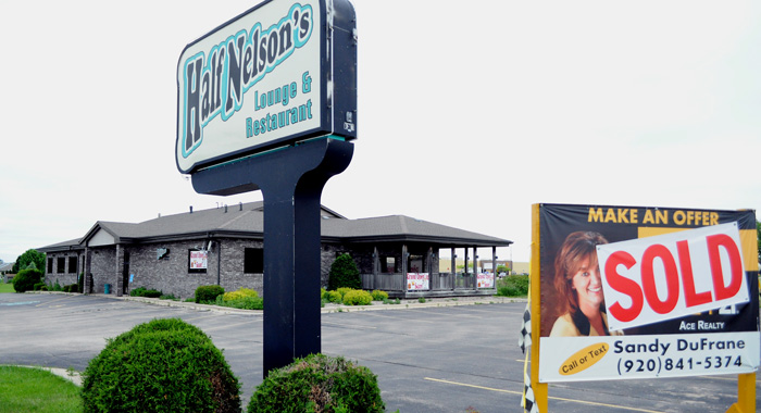 The former Half Nelson's Lounge & Restaurant was sold to a Chicago area family who will open a family restaurant there this summer.  Scott Bellile photo