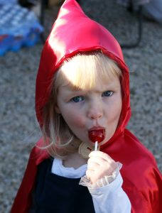 Charlotte Johnson, 2 1/2, enjoyed a sucker while at Trunk or Treat. Holly Neumann Photo