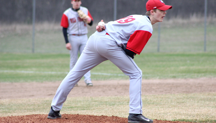 Kolden Baehman started on the mound, but didn't get a decision in Weyauwega-Fremont's 3-2 win over Algoma.